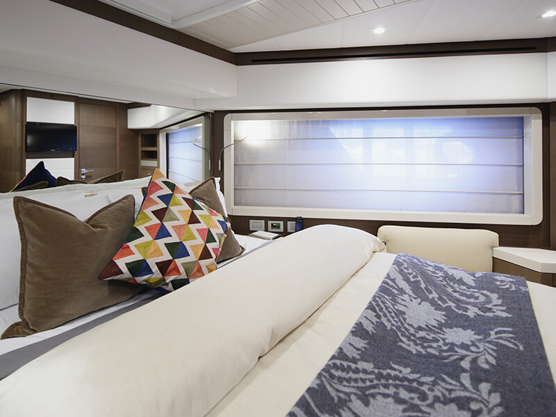 Top Yacht Accessories Dry Cleaning Services